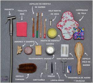 Imagen ejemplo de diferentes utensilios ZERO WASTE de baño © ECO Blog