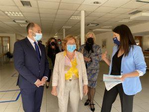 Aragón flexibiliza las medidas en las residencias ante la bajada de los contagios tras la vacunación