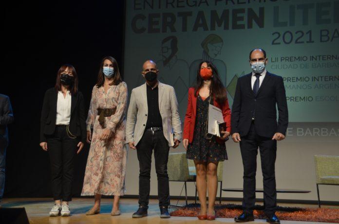 Jorge Carrion e Ioana Gruia, ganadores del Certamen Literario 2021 Barbastro